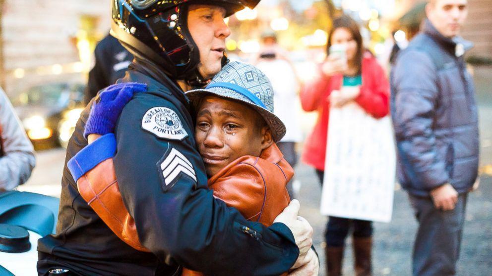 Ferguson_white police Officer