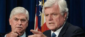 "Senators Chris Dodd and Ted Kennedy and the ""Waitress Sandwhich"""
